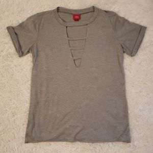 Daytrip Cut Out V-Neck Tee
